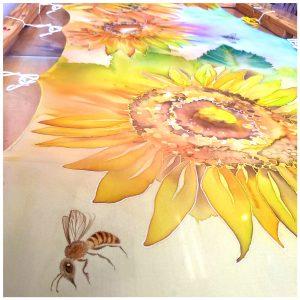 """Bee Sunshine"""